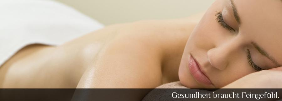 """Bei der Hormonmassage und der Fruchtbarkeitsmassage in der Homöopathischen Praxis Sabrina Altmaier lautet das Motto """"Gesundheit braucht Feingefühl""""."""